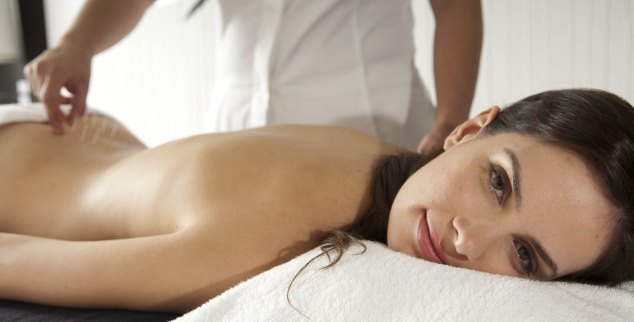 Acupuncture at SHA Wellness Clinic