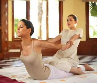 Thai massage at Ananda