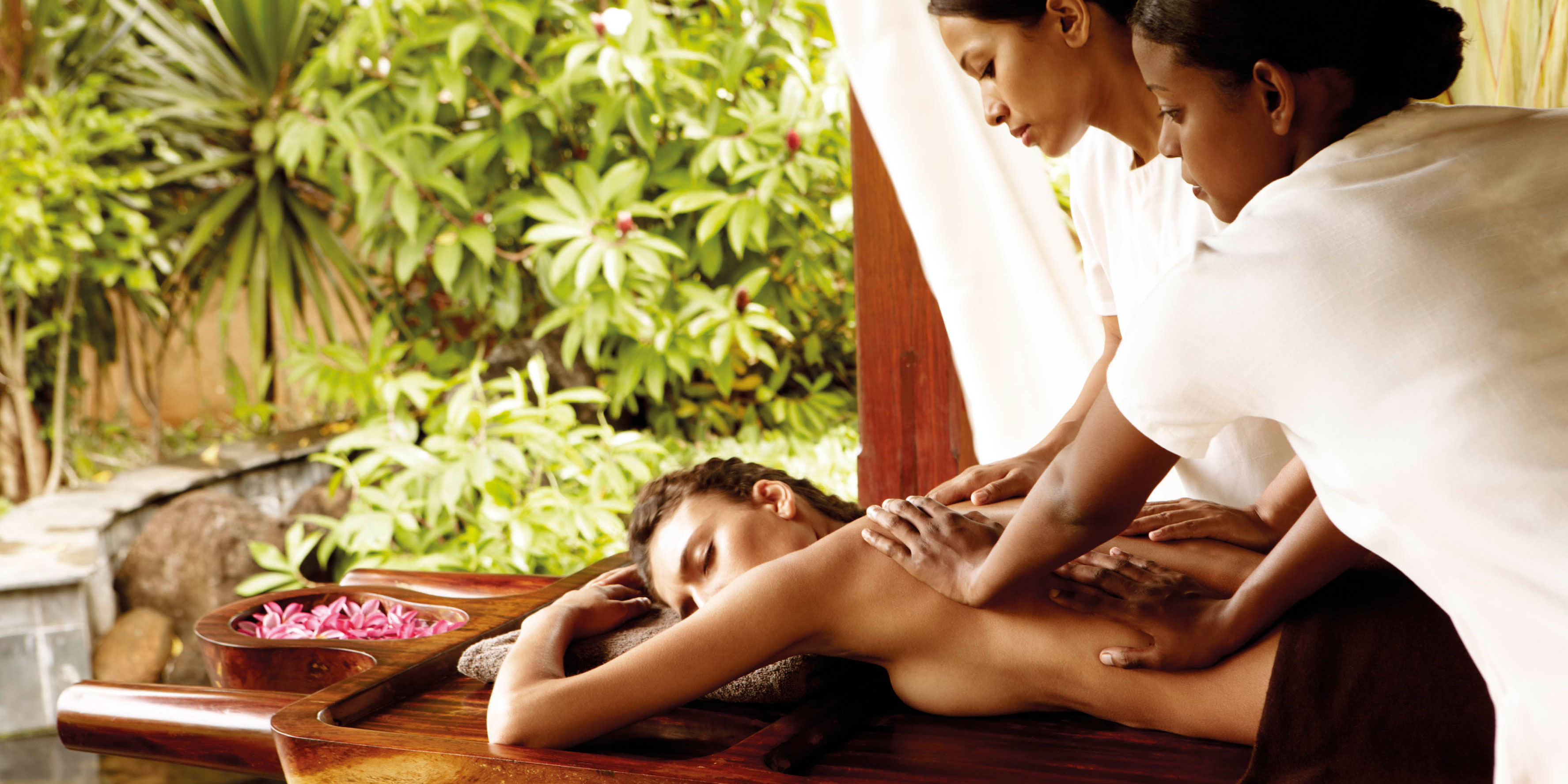 Aryuveda massage