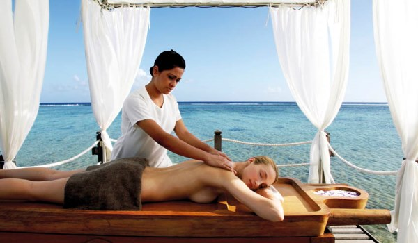 Beachside massage at Shanti Maurice