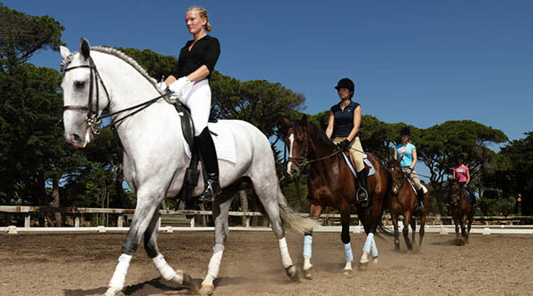 Horse riding at The Oitavos