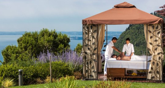 gazebo massage at lefay