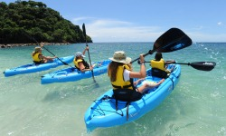 Buccament Bay kayaking, St Vincent