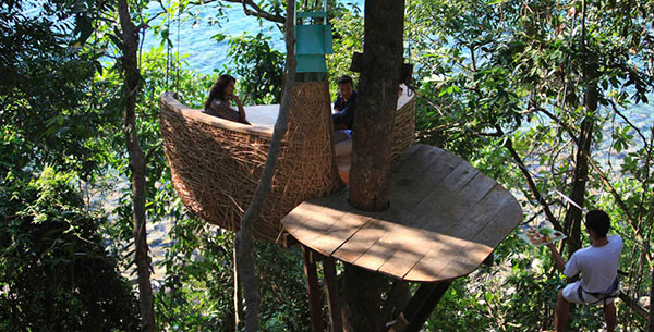 Tree-pod dining at Soneva Kiri