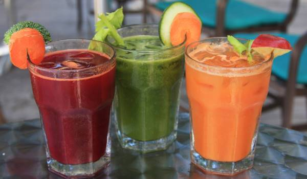 Enjoy delicious juices at The BodyHoliday in the Caribbean